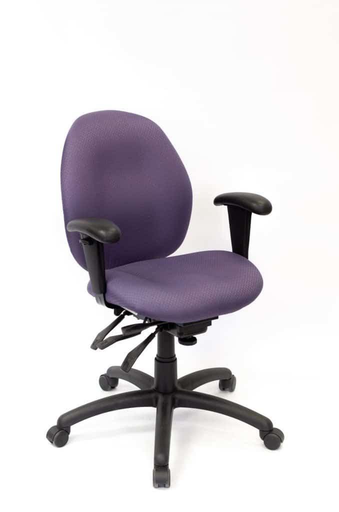 portfolio image of merit task chair, angle view. Merit task 100b